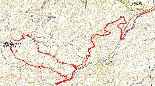 赤線がGPS軌跡図で、右側が白岩の滝バス停。白岩の滝への途中を右へタルクボ林道を辿り、麻生山の直登尾根にとりついた。